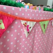 A bandeirola de tecido do Mimozário (usamos desde a maternidade)