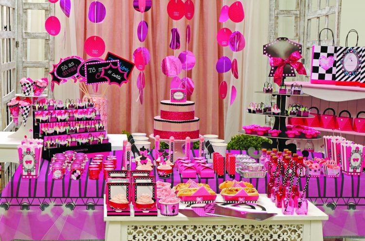 mesa decorada linha Fashion Show Cromus