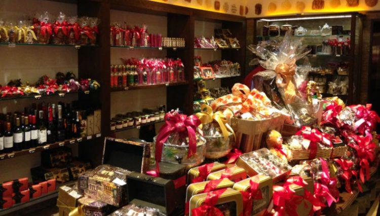 Loja de chocolates: despedida de Gramado